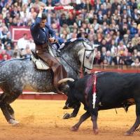 20180415_Sevilla, Feria de abril, Bambino, banderillas