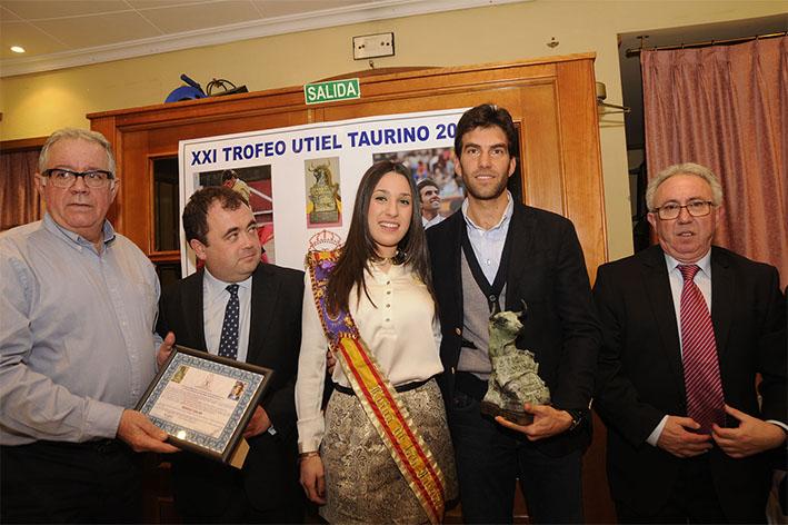 Sergio Galán recibe el Trofeo «MEJOR FAENA DE LA TEMPORADA 2014» EN UTIEL