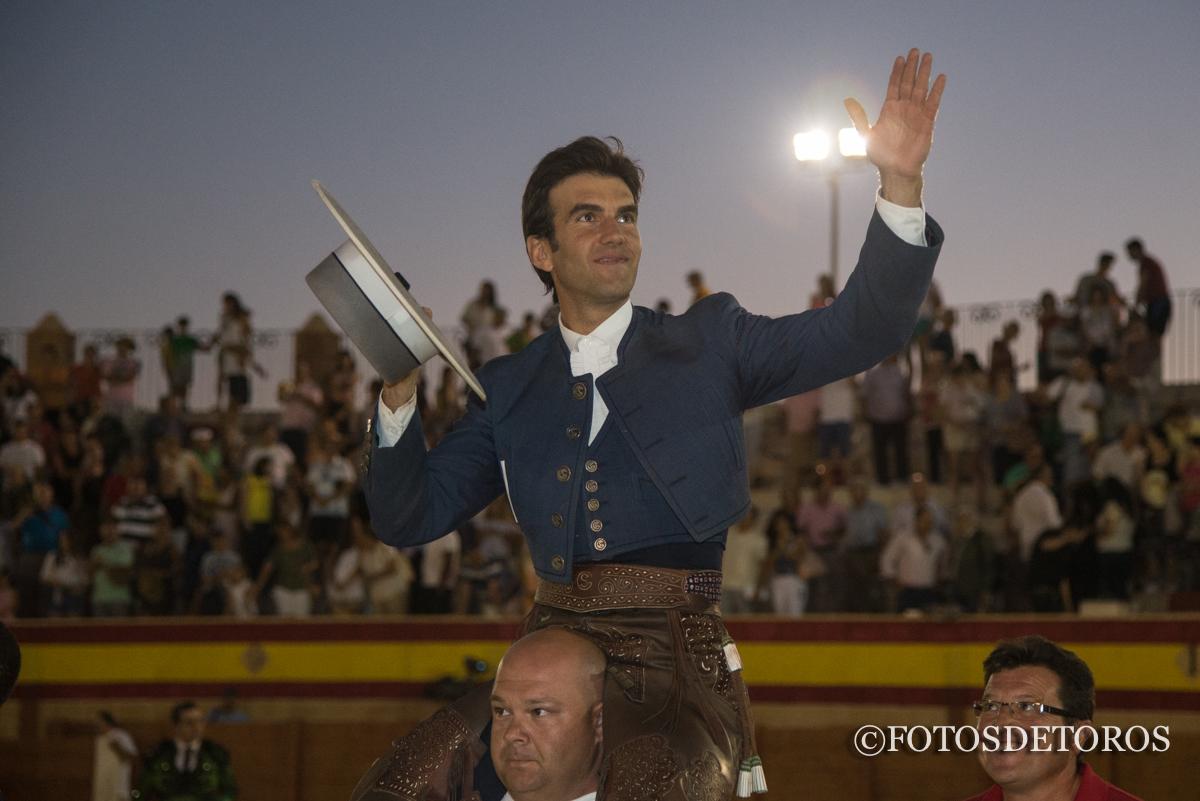 Sergio Galán, triunfa rotundamente en S. Lorenzo de la Parrilla.