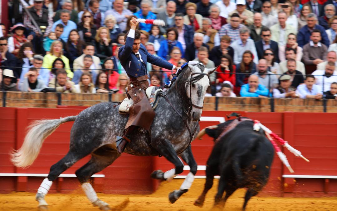 Oreja para Sergio en el segundo de su lote en Sevilla
