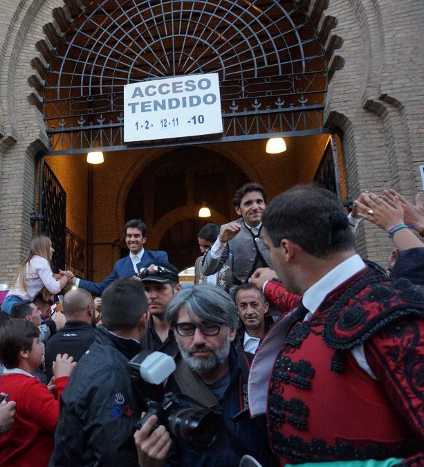 Sergio Galán abre la Puerta Grande de Granada