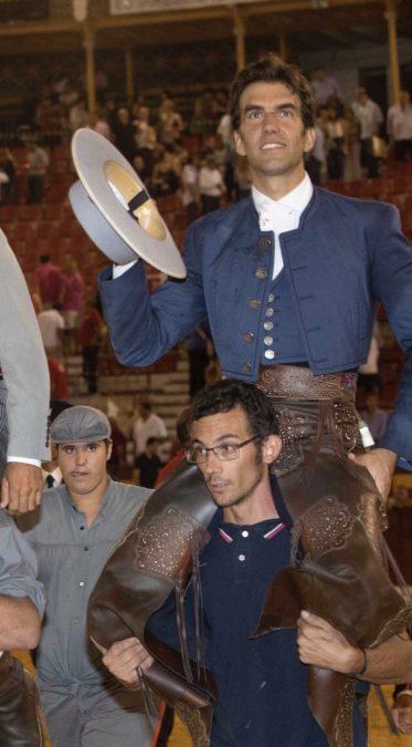 Sergio Galán abre la Puerta Grande de Murcia un año más
