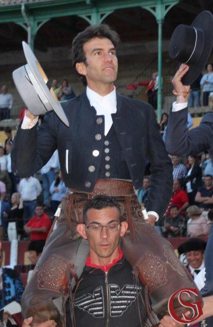 A hombros en Talavera