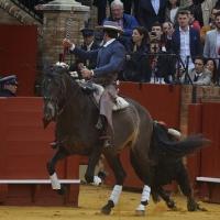 20180415_Sevilla, Feria de abril, Amuleto, tercio de salida, portagayola (Calidad mala)